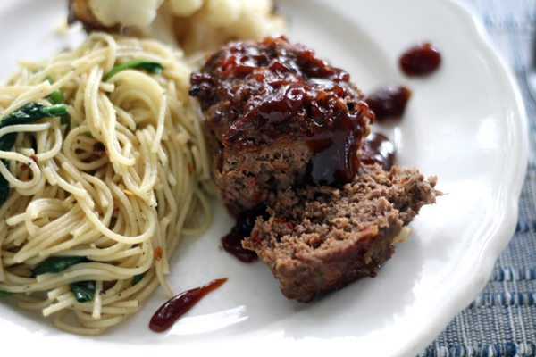 Meatloaf is the ultimate go-to Mom Meal, isn't it? You will love our easy dinner recipe for Baby BBQ Meatloaf. Quick cooking and perfectly portioned.